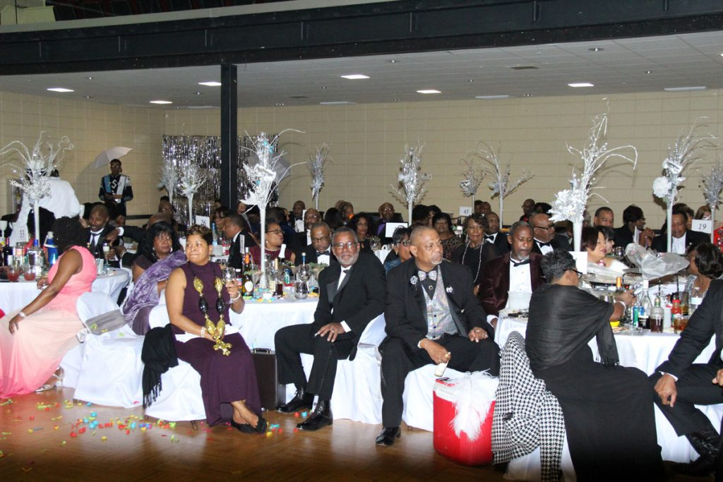 2017 Carnaration Ball Image 11