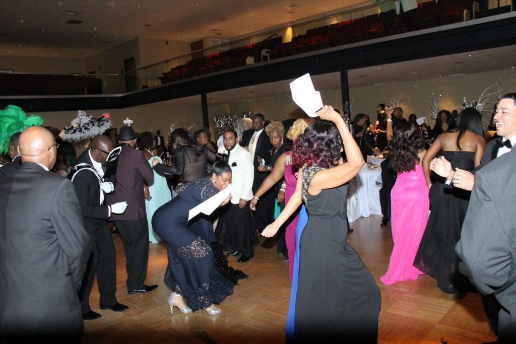 2017 Carnaration Ball Image 14